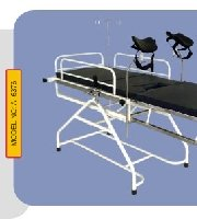Operating Table 6376 - MedWOW